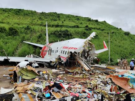 All-Air-India-crash-survivors-to-be-tested-for-Covid-19-Kerala-CM-Pinarayi-Vijayan